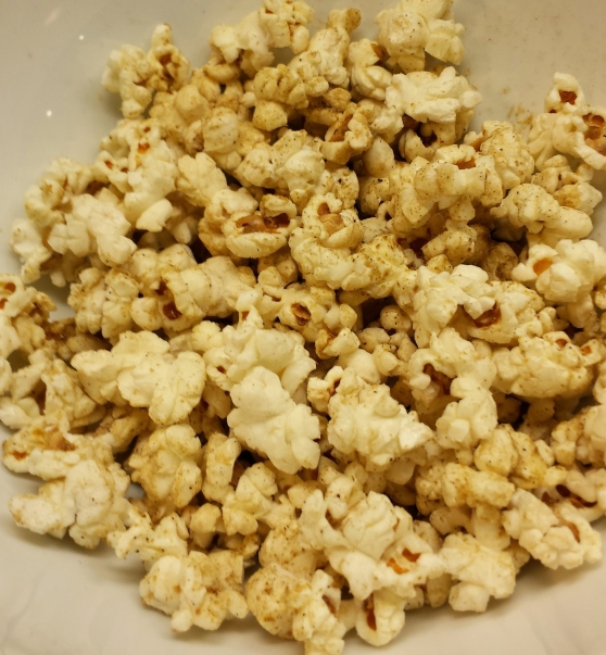 popcorn + chaat masala = simply amazing
